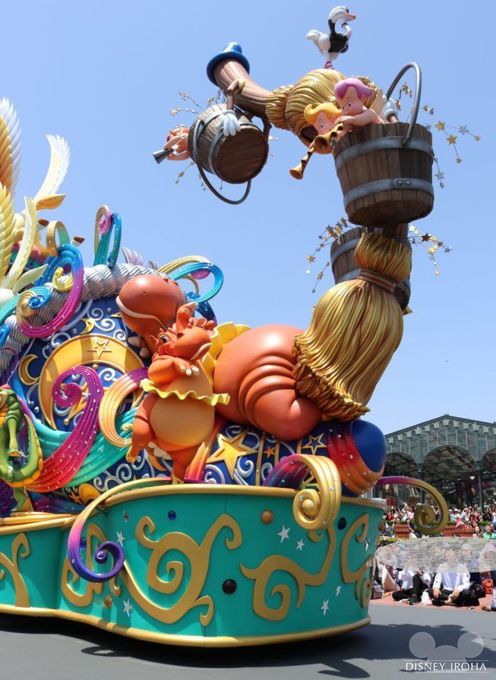 ミッキーマウス&プルートのフロート後方
