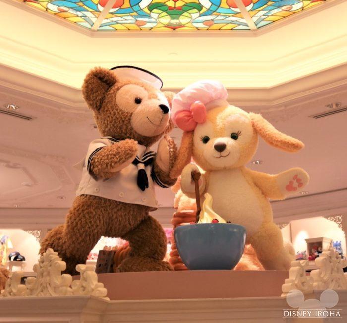 香港ディズニーランドホテル内のショップ「キングダム・ギフト」のデコレーション