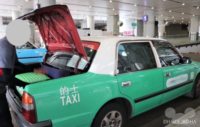 乗車した緑タクシー