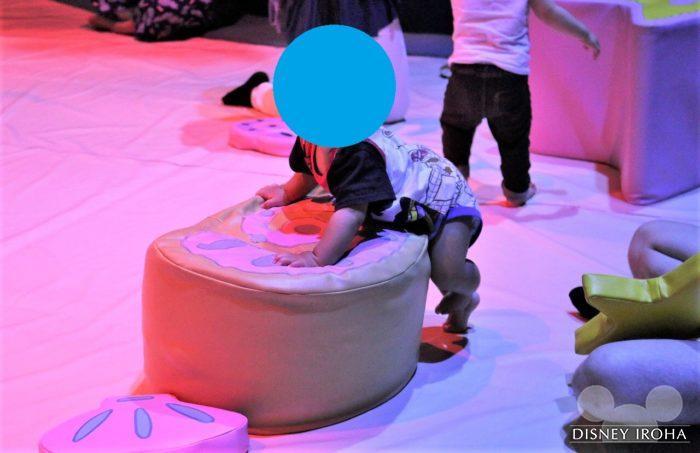 「アリエルのプレイグラウンド」には6歳以下の子供が安全に遊べるエリアがある