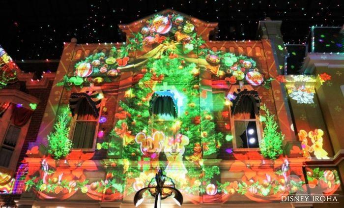 「セレブレーションストリート」ではクリスマスバージョンのプロジェクションマッピングを実施