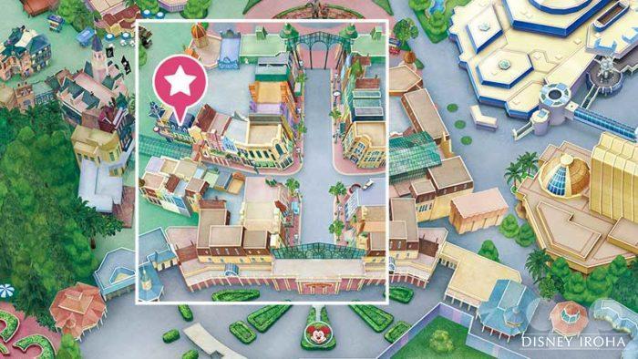 CLUB33の入口は三井住友銀行の隣