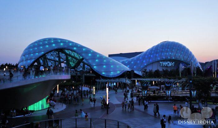 上海ならではのアトラクション④「トロン:ライトサイクル・パワーラン」