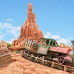 ディズニーのスリル系アトラクション9選!最高速度や落下地点を解説